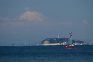 逗子海岸から観る富士山